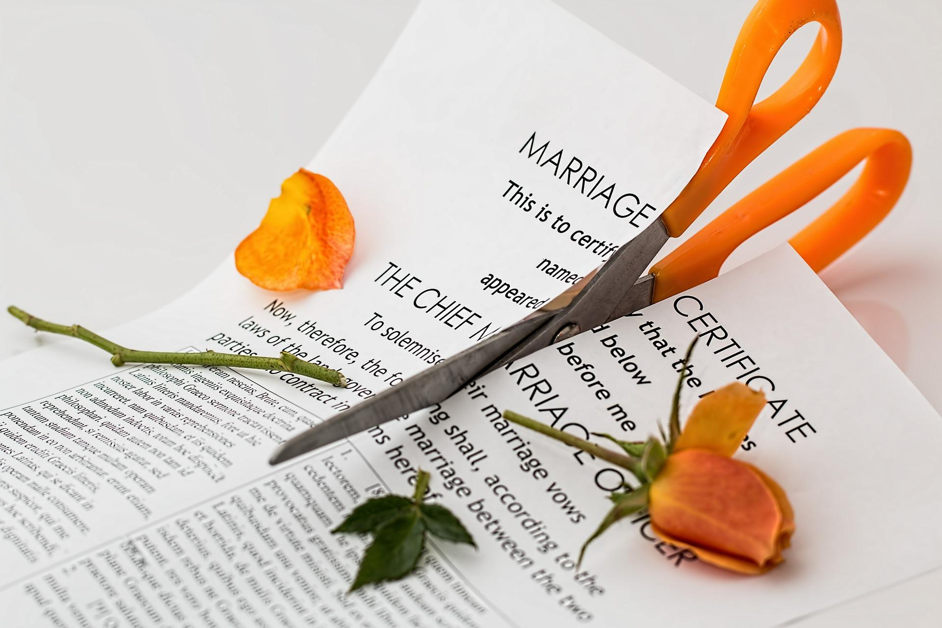 ¿Cómo superar un divorcio a los 40? 10 Herramientas que te ayudarán